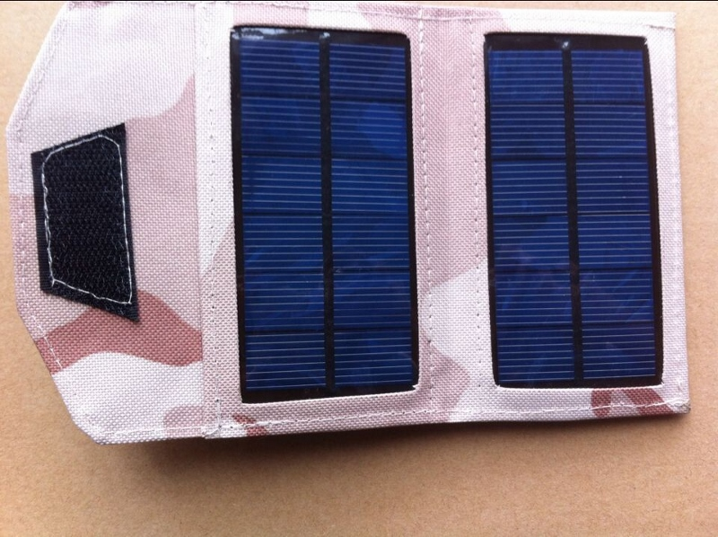 5-watt-solar-charger-for-cell-phones-digital-camera-mp3-mp4-psp-pda-iphone-ipad